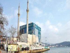 Ortaköy Camii açılışa hazırlanıyor