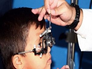 Göz kayması olan çocuk mutlaka gözlük kullanmalı