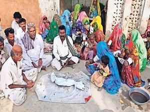Pakistan'daki kıtlığın en büyük mağduru çocuklar
