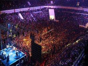 15 Bin kişi coşkuyla Kutlu Doğum'u kutladı