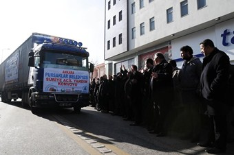 Suriyeli mültecilere yardım TIR'ları hazır