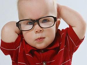 10 çocuktan birinde göz kırma kusuru var