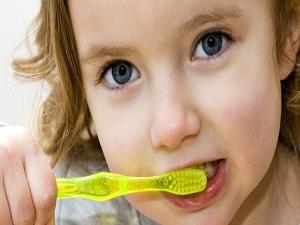 Reklamlardaki yanlış algı çocuklarda diş çürümesi nedeni