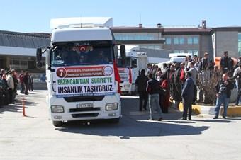 Suriye'ye Erzincan'dan 15 TIR yardım gönderildi