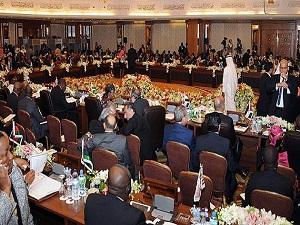 Arap Birliği Surye'de barışı tartışacak