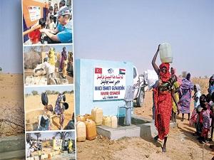 Onlar su kuyusu açtı 2 milyon insan temiz suya kavuştu