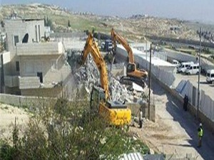 İsrail askerleri bu kez cami yıktı