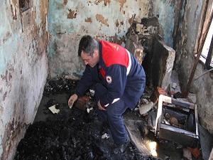 Ev yandı Kur'an yanmadı