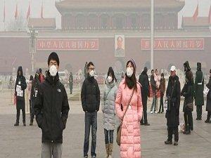 Pekin hava kirliliğine teslim oldu