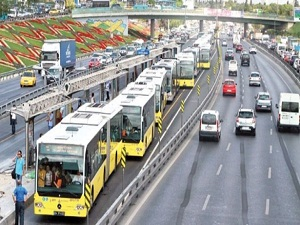 İstanbul toplu taşımaya yöneldi
