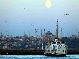 İstanbul'a gelen turist sayısı artıyor