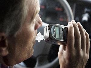 Almanya trafikte alkolü sıfırlamak istiyor