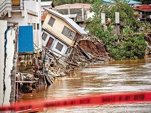 Solomon adaları, sel suları altında : 17 ölü