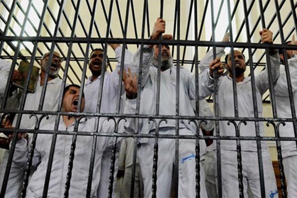 Mısır'daki idam kararlarına protestolar sürüyor