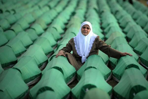 İnsanlar hissizleşti Srebrenitsa oyun oldu