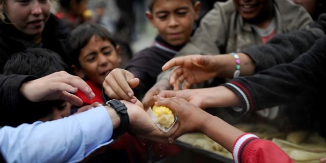 Suriye'de 299 kişi açlıktan öldü