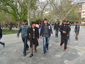 Suriyeli dilencilerin kumar keyfi
