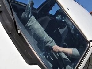 Emniyet kemeri takmayan sürücülere ilginç ceza