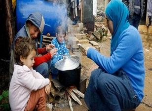 Suriye'de 49 kişi açlıktan öldü!