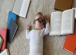 Yenidoğan bebeklere kütüphane üyeliği