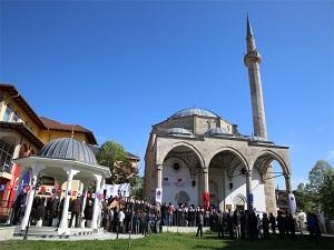 Kosova'da Fatih Camii çevre düzenlemesi bitirildi