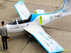 İşte dünyanın ilk yüzde 100 elektrikli uçağı