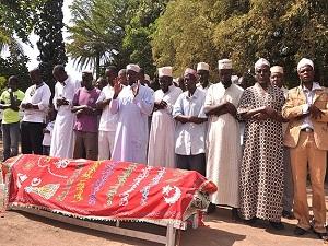 Obama'nın halasının cenazesi İslami usullere göre defnedildi