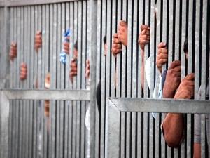 Mısır'da darbe karşıtı 11 kişiye daha müebbet hapis