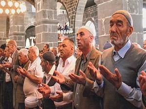 Türkiye Soma için duaya durdu