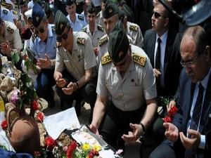 Komutanlar Soma'da Kur'an dinledi, dua etti