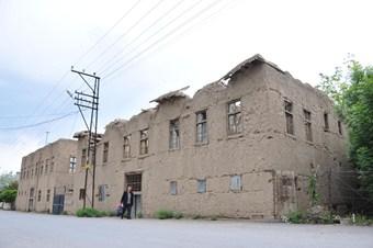 Van'ın tarihi evleri yok olmak üzere