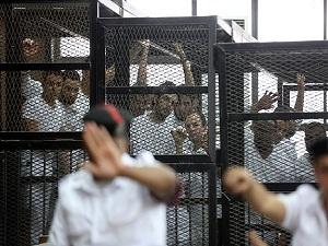 Mısır'da açlık grevi yapan 256 kişi hastalandı