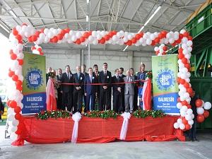Balıkesir'in 40 yıllık çöp sorununu çözecek olan katı atık tesisi açıldı