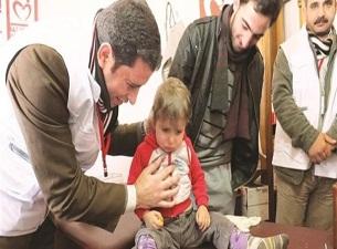 Suriyeli sivillerin yarasını Yeryüzü Doktorları sarıyor