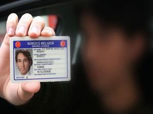 Sürücü belgelerine AB ayarı