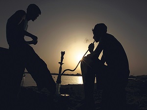 Nargile, gençleri sigara ve madde bağımlılığıyla tanıştırıyor