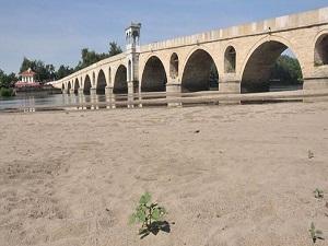 Meriç Nehri'nin kumu satılacak
