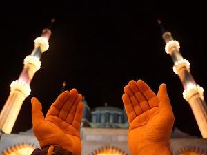 Yüzde 99 müslüman, yüzde 71 örtülü, yüzde 42 namazlı