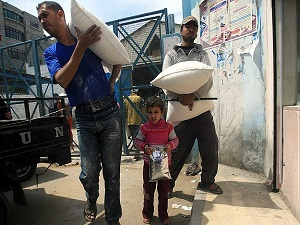 Gazze'de gıda ve ilaç stoku tükendi