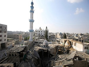 İsrail, hastanelerden sonra camileri de bombalıyor