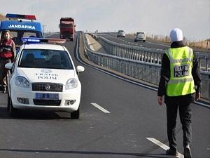 Alkollü Sürücülere 15 bin Lira Ceza Kesildi