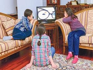 Uzun süre televizyon seyreden çocuklarda obezite riski yüksek
