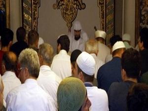 Kabe'nin yeni imamı Ulu Cami'de