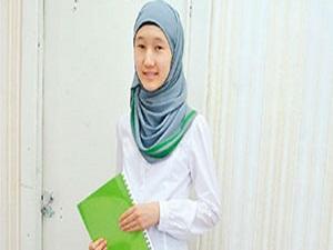 Kazakistan okullarda başörtüyü yasaklıyor mu?