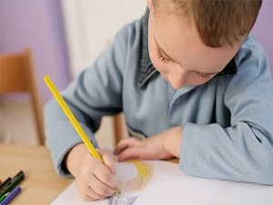 Aile, evdeki düzeni okula göre değiştirmeli