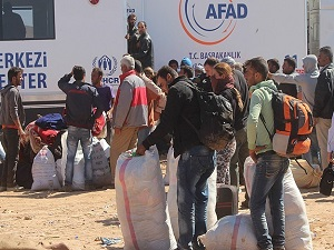 Türkiye'den Kobani'ye 634 araçlık insani yardım