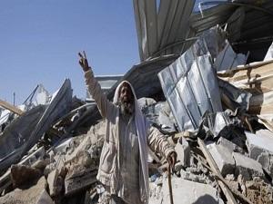 İsrail Filistinlilere ait evleri yerle bir etti