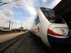 Karaman'dan Konya'ya 4 Ay Tren Yok