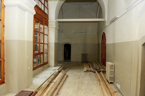 Muradiye Külliyesi'ndeki Medrese de Restore Ediliyor