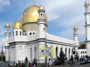 Almatı'da 3 bin kişilik cami açıldı